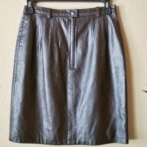 Ann Taylor Leather Dark Brown Skirt Size 4